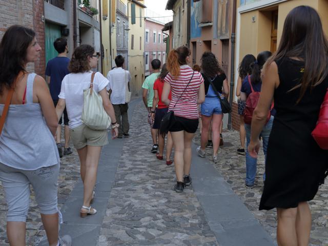 passeggiata-filosofica-gruppo-strada-dozza
